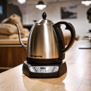 Bonavita electric kettle with gooseneck spout and adjustable temperature